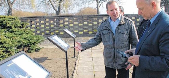 Miasto Gardelegen w Saksonii-Anhalt wspiera Kopiec - Centrum Pokoju